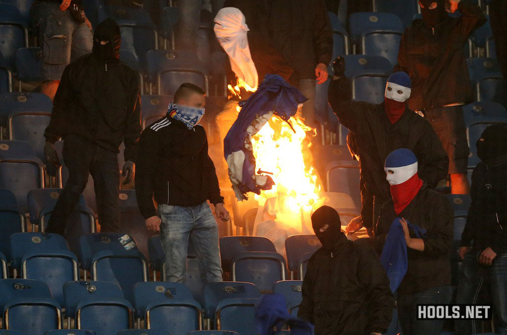 German Cup Hansa Rostock V Hertha Berlin Halted Twice By Fan Trouble Hools Net