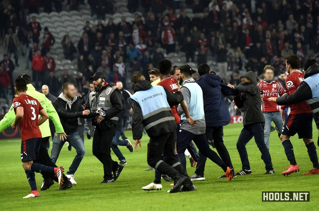 Lille fans confront their own players after the 1-1 home draw with Montpellier