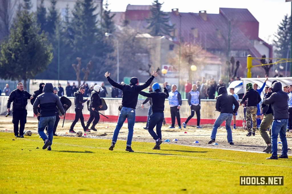 Karpaty Krosno fans invade the pitch during their match against JKS Jaroslaw.