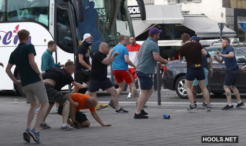 England fans clash with Russians, locals and police 10.06.2016