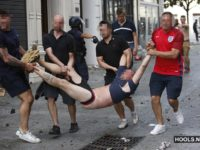 Russian hools attack England fans in Marseille 11.06.2016