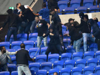 Fan trouble delays Europa League match in Lyon