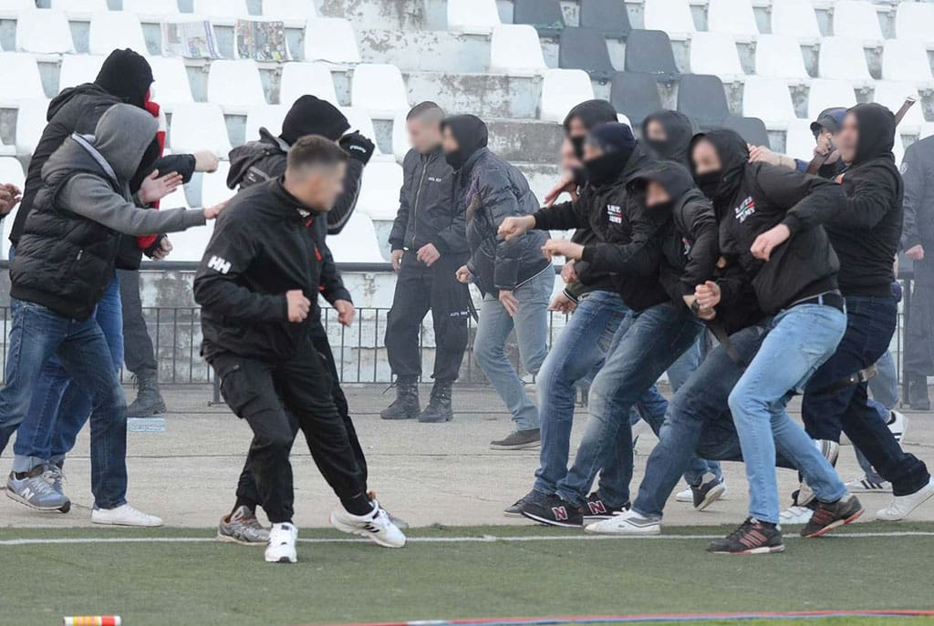 Lokomotiv Plovdiv and Spartak Moscow hooligans clash with CSKA Sofia hools