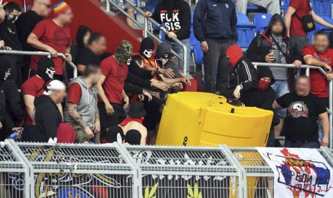 Sparta Prague fans cause trouble in stands at Banik