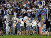 Lech hools cause chaos during game with Legia