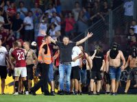 Sparta Prague hools invade pitch during Europa League match
