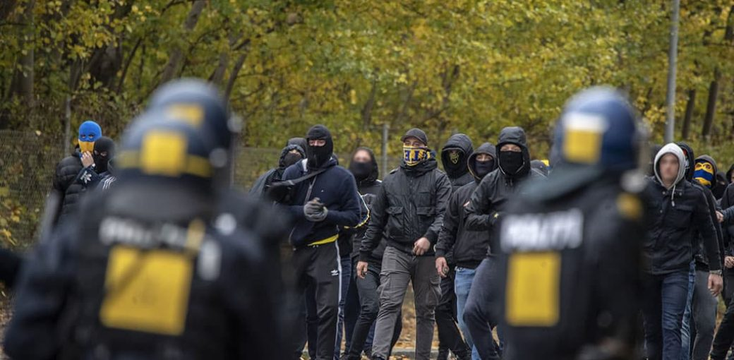 Brøndby hools clash with police after Copenhagen defeat
