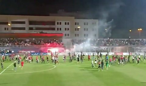 OC Safi vs Kawkab Marrakech match halted after pitch invasion