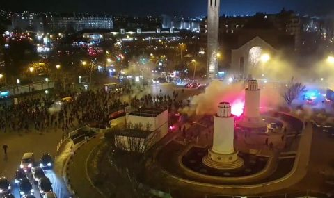 PSG and Galatasaray fans clash before Champions League match