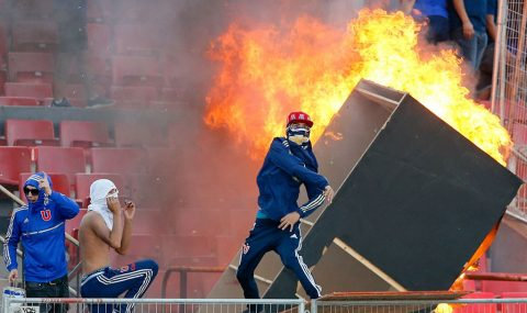 Universidad de Chile fans cause trouble during Copa Libertadores match